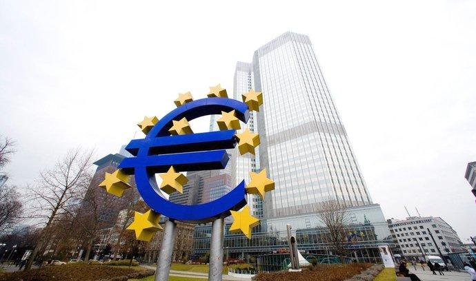 Eurozóna stále potřebuje naši podporu, zní z Evropské centrální banky