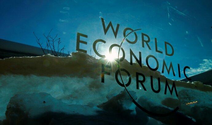 """""""Půjde k nule."""" Bitcoin čelí v Davosu kritice elit i znatelnému poklesu zájmu"""