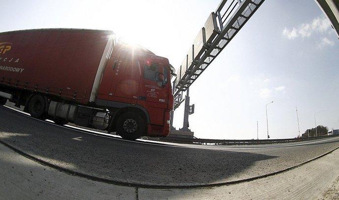 Unie chce úspornější kamiony, pomoci by měl nový vzhled