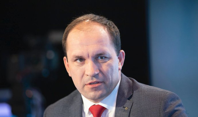 Nejsme nevěsta hledající ženicha, říká nový šéf lidovců Marek Výborný