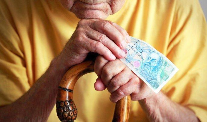 Vyřizování důchodů se prodloužilo o týdny