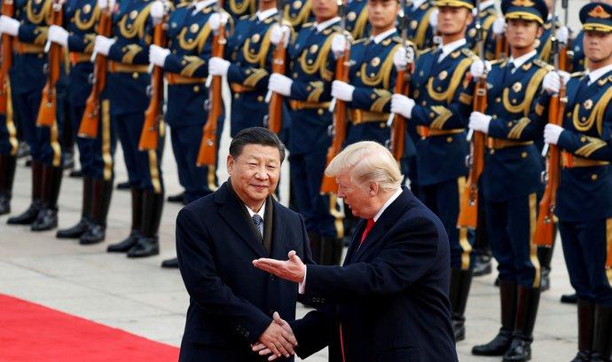 Trump si vynucuje setkání s čínským prezidentem. Pokud Si odmítne jednat, budou další cla