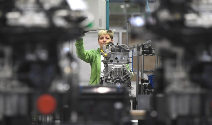 Autoland zpomalil pád, výroba v pololetí přesto klesla o půl druhého procenta