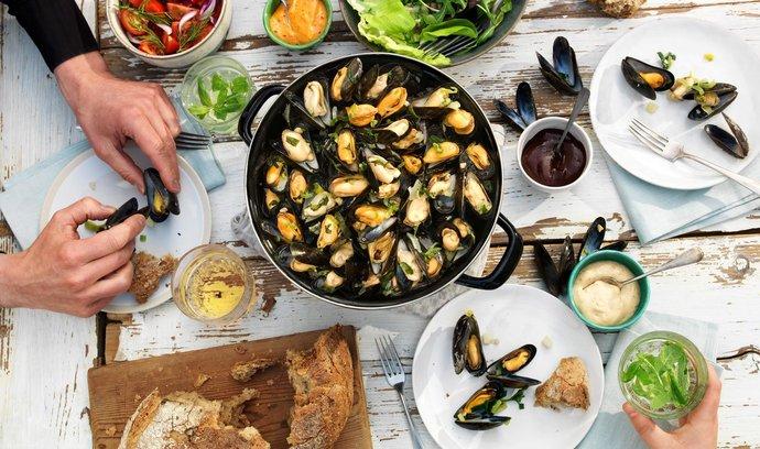 Zajděte si na slávky během Prague mussel week do vyhlášených podniků