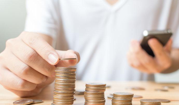 Průzkum: Polovina lidí nevychází s výplatou v průběhu měsíce