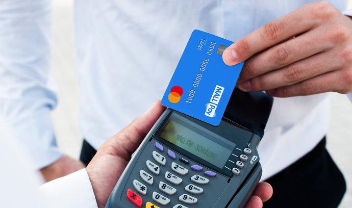 Mall Pay má novinky vodložených platbách. Nabídne i platební kartu