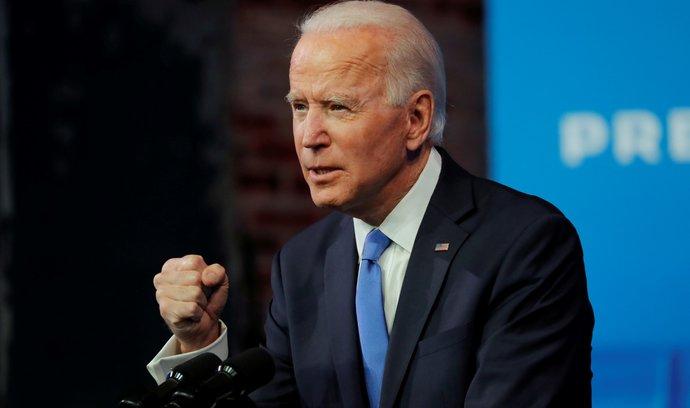 Joe Biden během projevu poté, co jej sbor volitelů potvrdil jako vítěze amerických prezidentských voleb