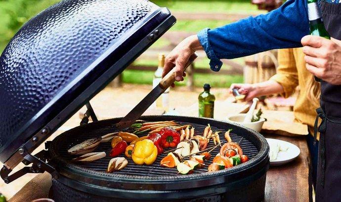 Jak pečou maso na ohni Argentinci, Američané či Australané?