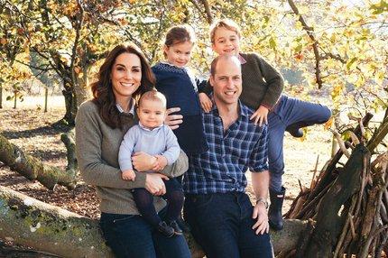 Královská rodina trne hrůzou! Koronavir ve škole George a Charlotte?!