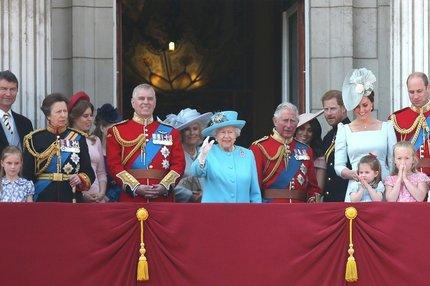 Smrt v královské rodině: Vražda a sebevražda!