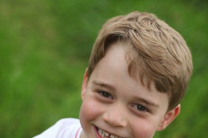 Šesté narozeniny prince George: Bezzubý rošťák!