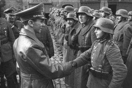 Vyrazily falešné žampiony. Vypadají jako vojáci Wehrmachtu a… Můžou i zabíjet!