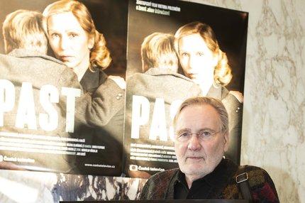 Film Past otevřel bolavé téma: Proč Štěpnička kývl na roli Gottwalda?