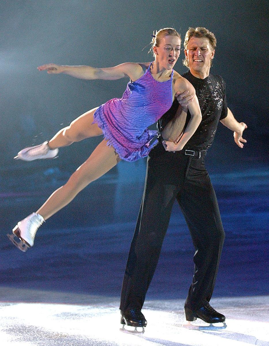 Radka Kovaříková se svým tehdy ještě manželem Reném Novotným při show Champions on Ice