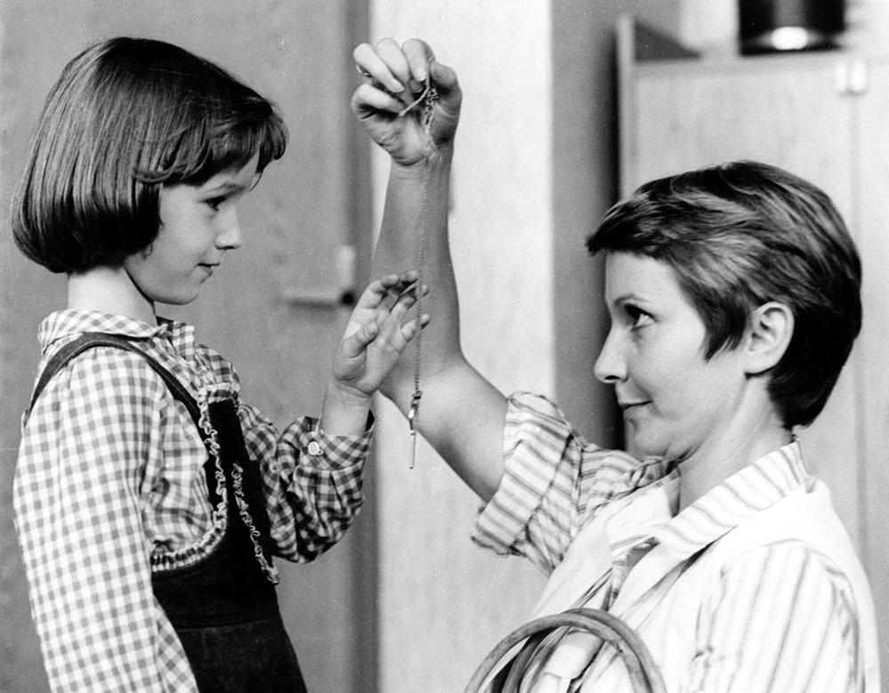 Lucie, postrach ulice a ...a zase ta Lucie! (1984). Role: maminka Lucky