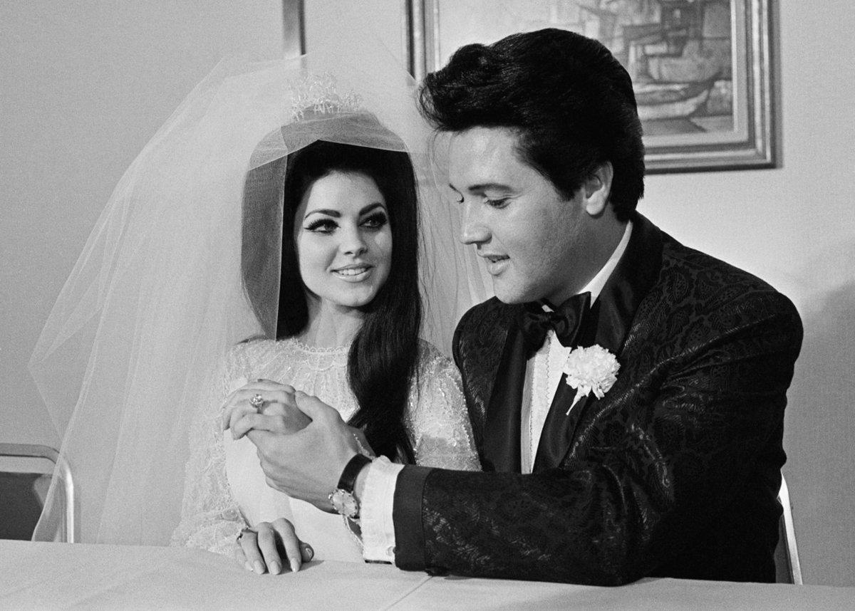 Vzpomínky na krále rokenrolu Elvise Presleyho