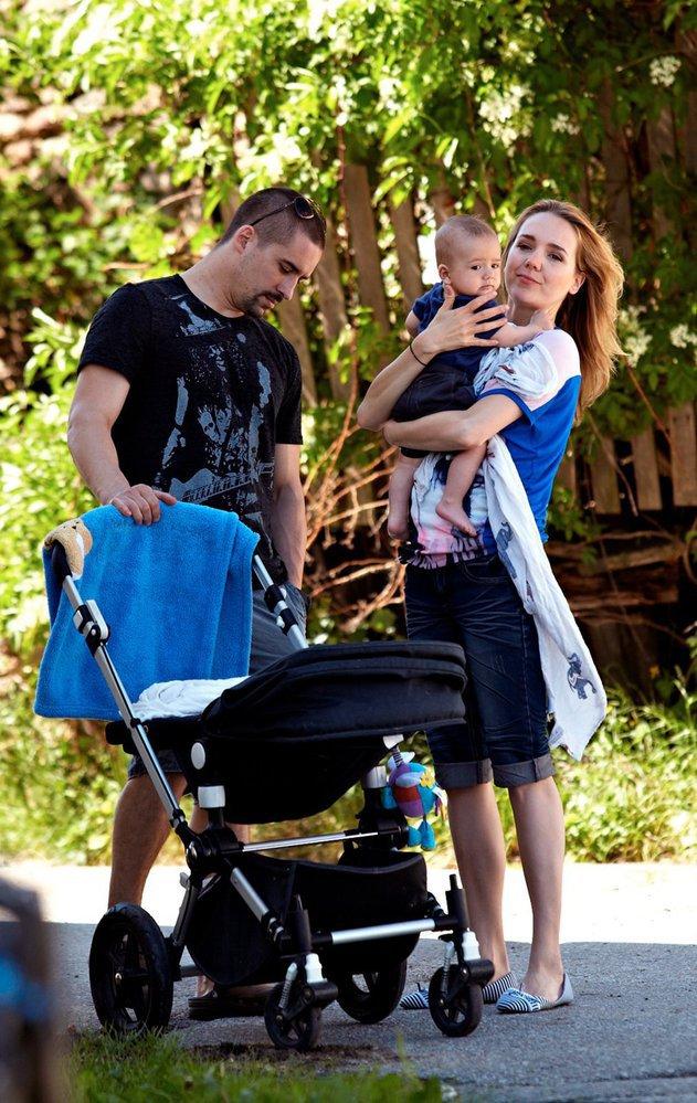 Agent Plekanec s manželkou Lucií a Matyášem.