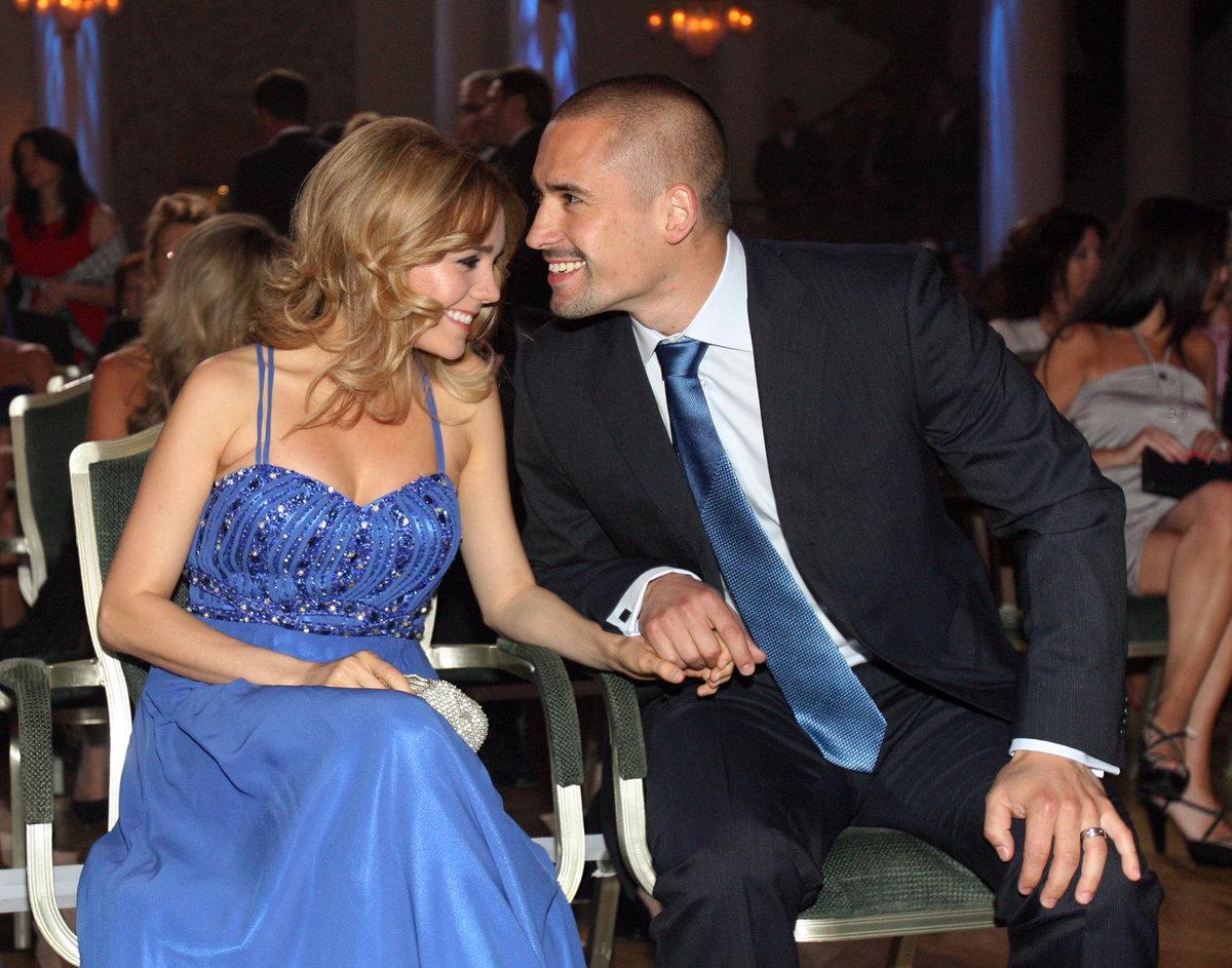 Manžela na Tomáše Plekance na hokejový šampionát podpořit nepojede.