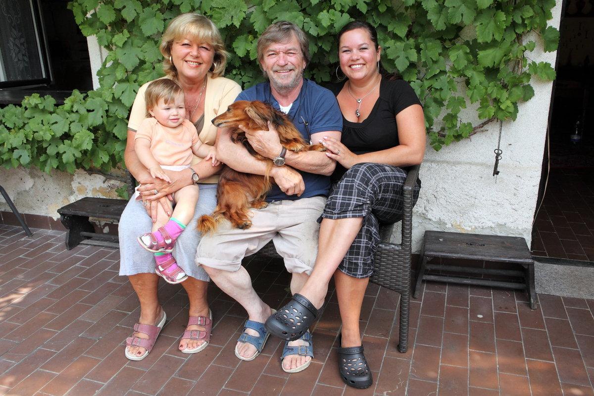Rodina herce Roman Skamene.