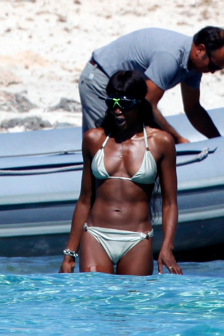 Kosmické brýle Naomi vyloženě ubraly na kráse