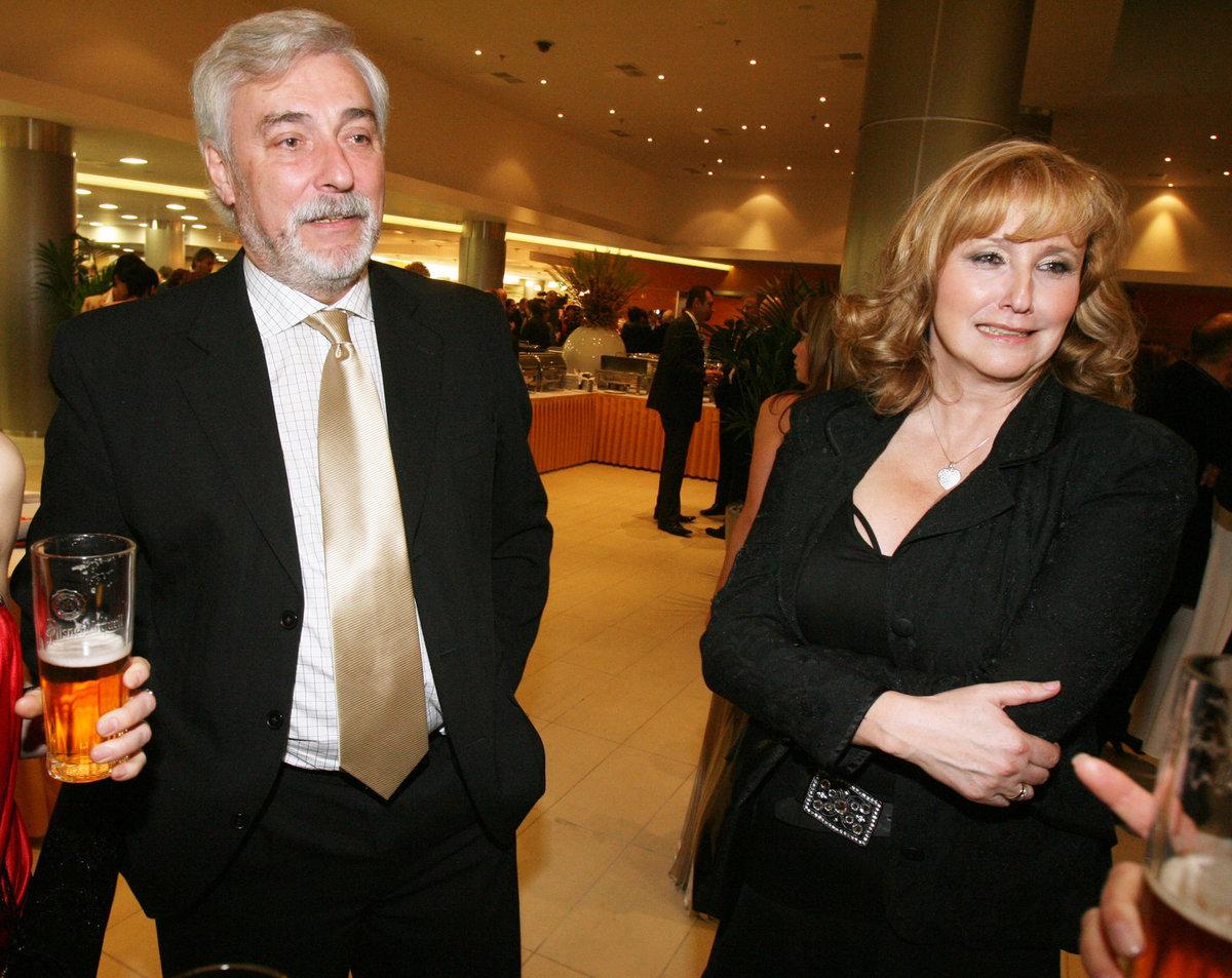 Jan a Jiřina Rosákovi.