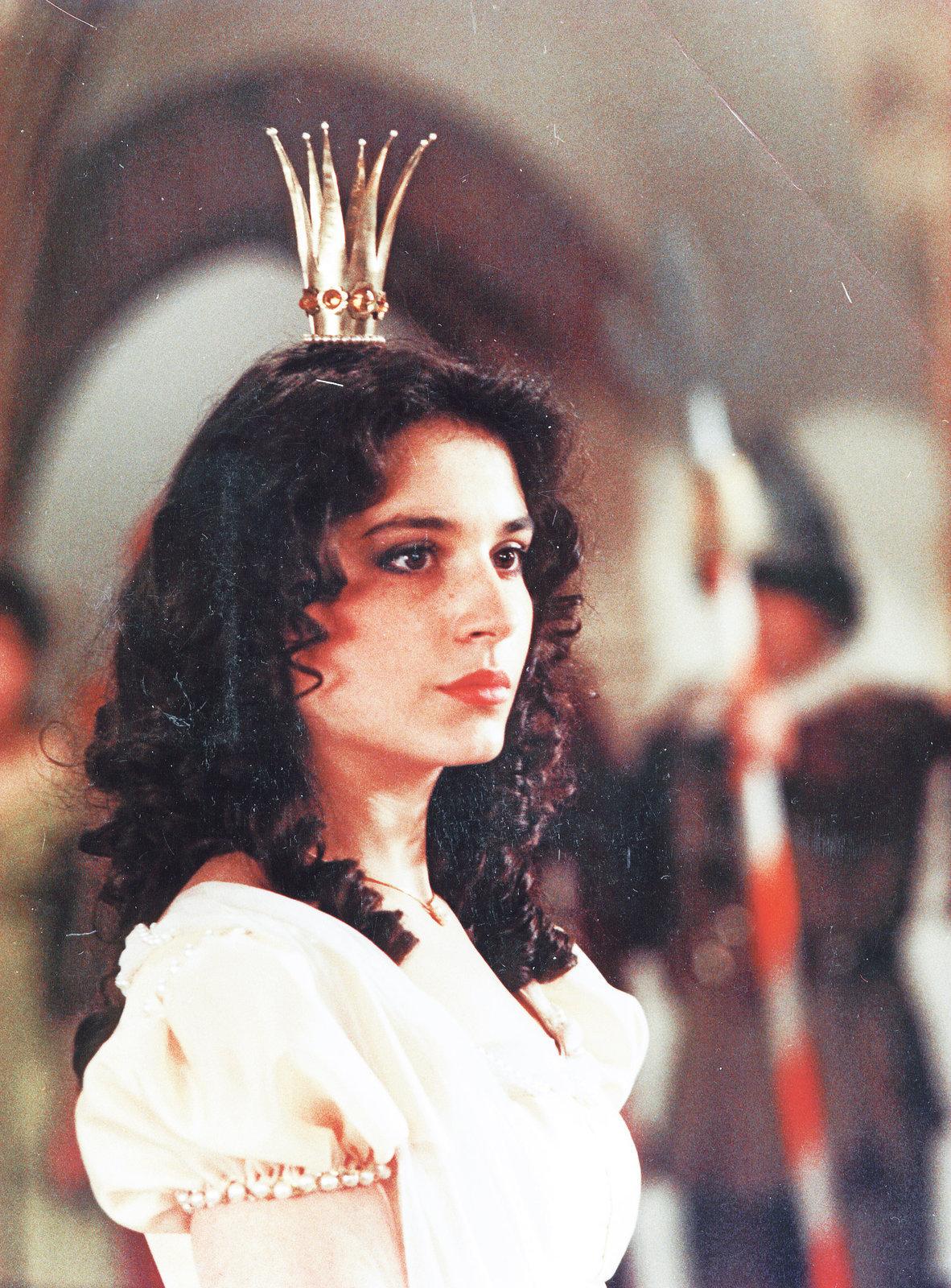 Míša Kuklová při natáčení pohádky utrpěla několik zranění, mimo jiné i od Heleny Růžičkové.