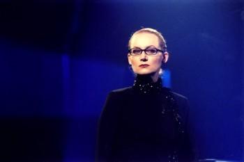 Zuzana byla při moderování soutěže Nejslabší! Máte padáka! před deseti lety obávanou ženou.