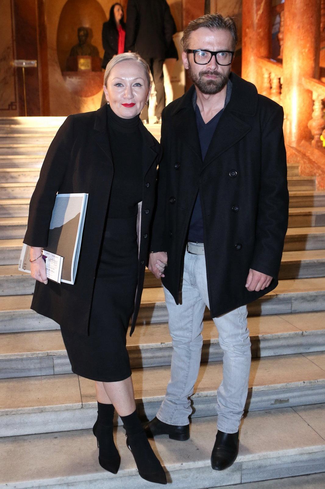 Bára Basiková ještě s Petrem Polákem.