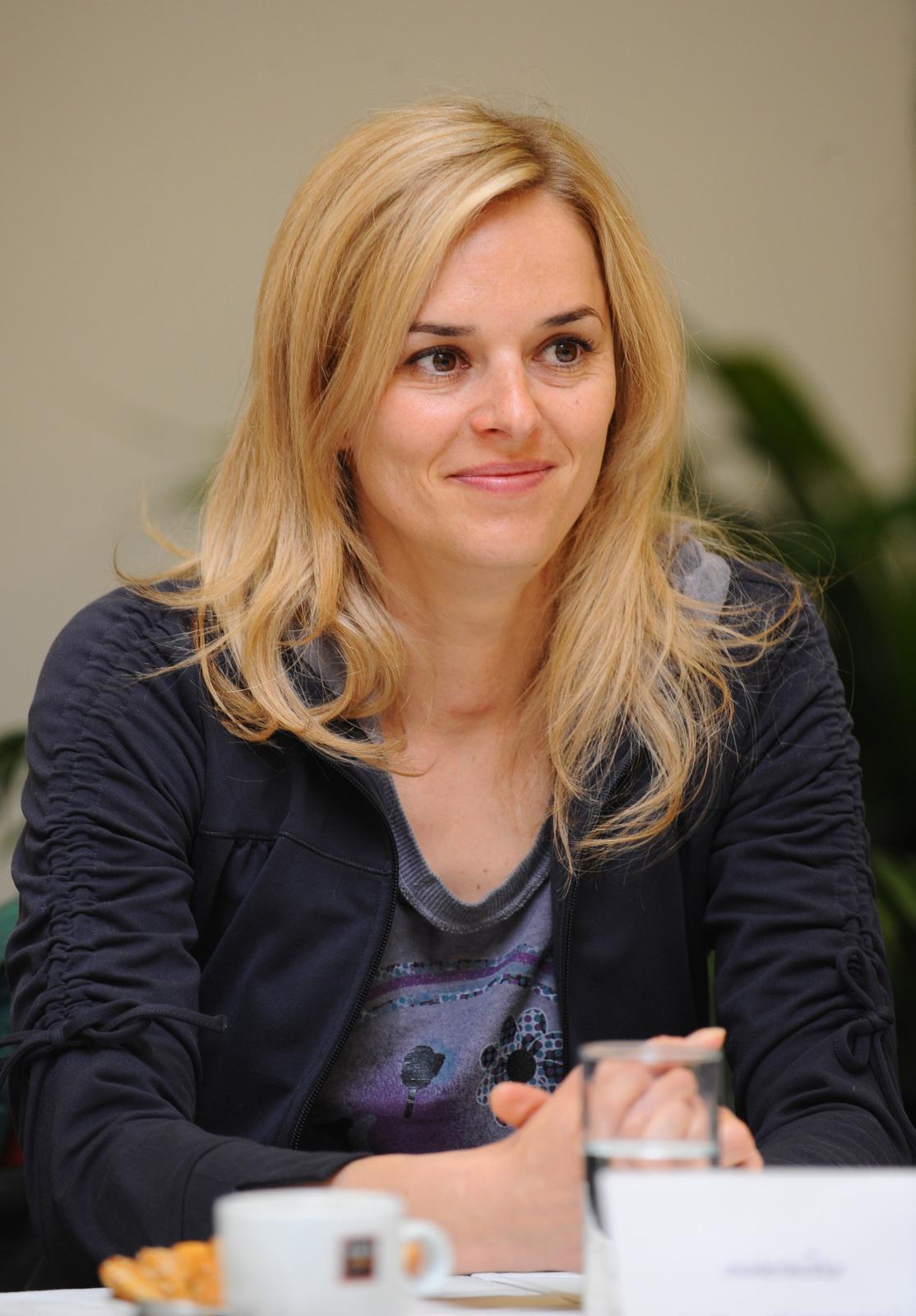 Světlana Zárubová , moderátorka