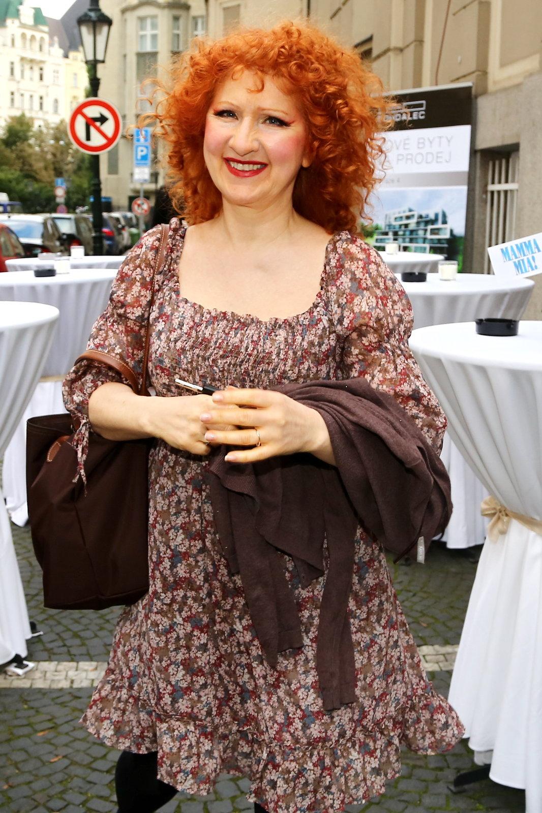 Jaroslava Kretschmerová si zahraje v muzikálu spisovatelku Rosie, jednu z kamarádek hlavní hrdinky.