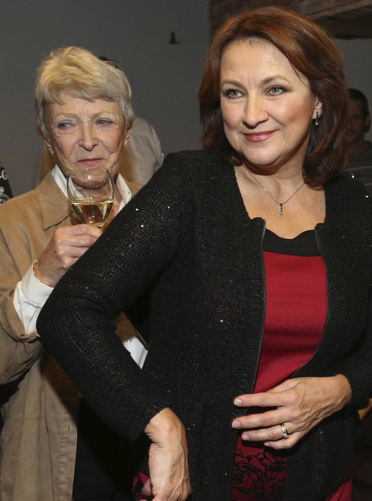 O dobré víno a muziku neměly Jana Štěpánková a Zlata Adamovská ten večer nouzi.