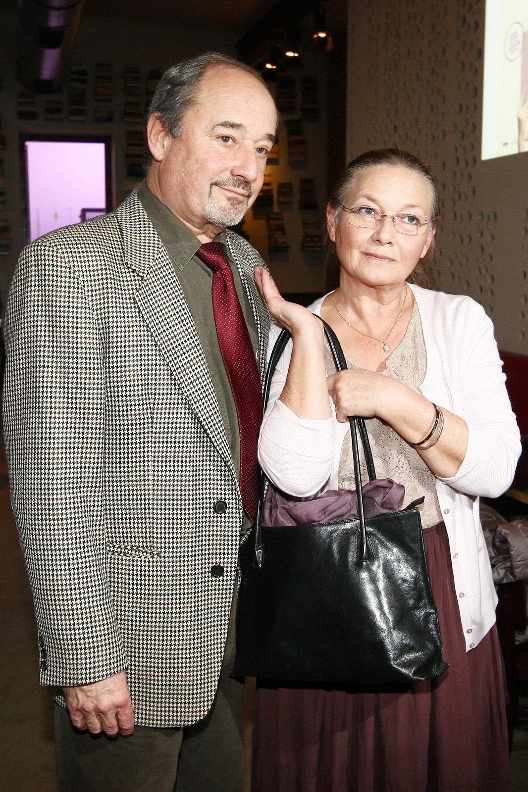 Jana Preissová  s manželem moc do společnosti nechodí.