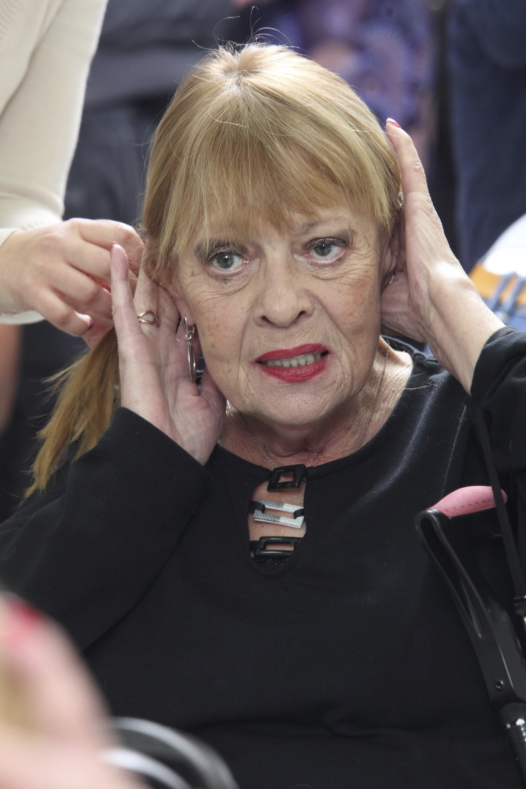Jana Šulcová je na své vlasy opatrná.
