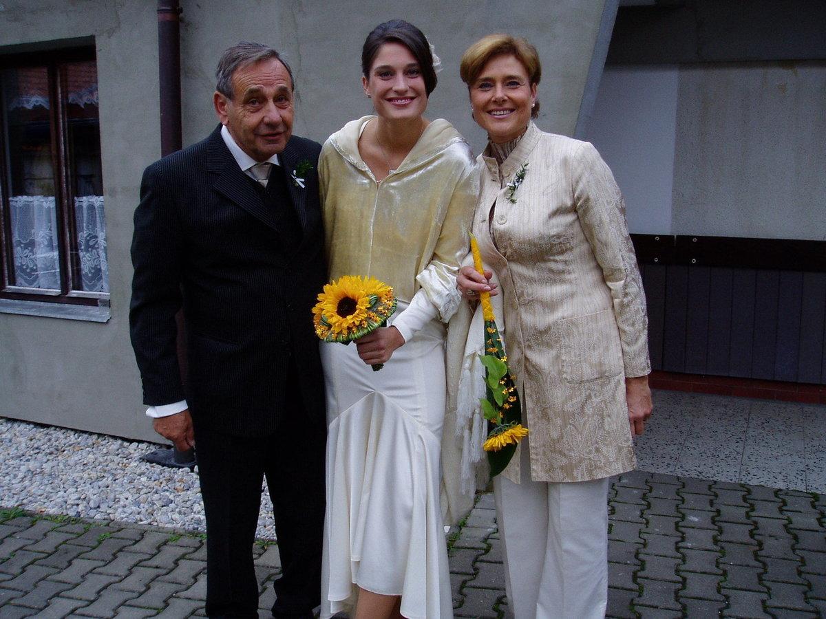 Marie Retková s manželem a dcerou Majdou.