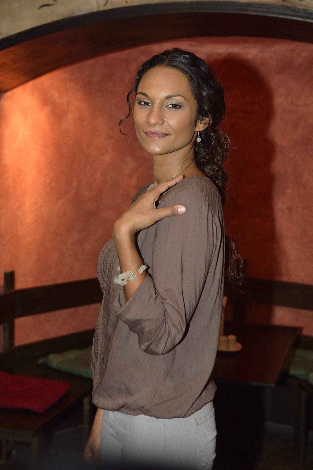 Lejla Abbasová dnes odjela na dovolenou, chce hodit všechny starosti za hlavu.