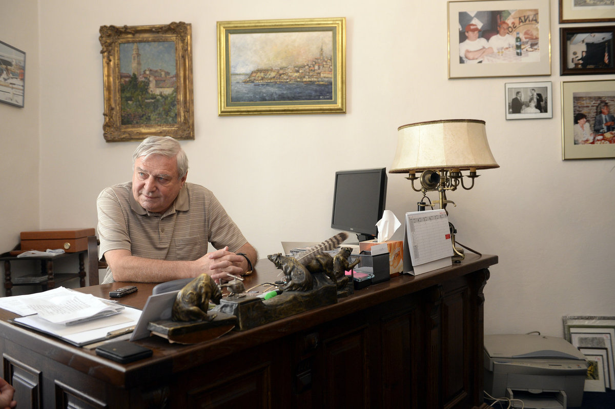 Lobbista Miroslav Šlouf v kanceláři.