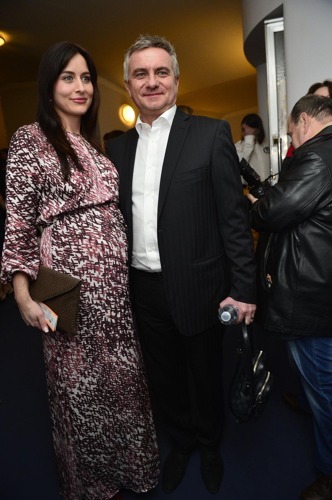Alexandra a Vratislav Mynářovi na premiéře muzikálové komedie Mýdlový Princ