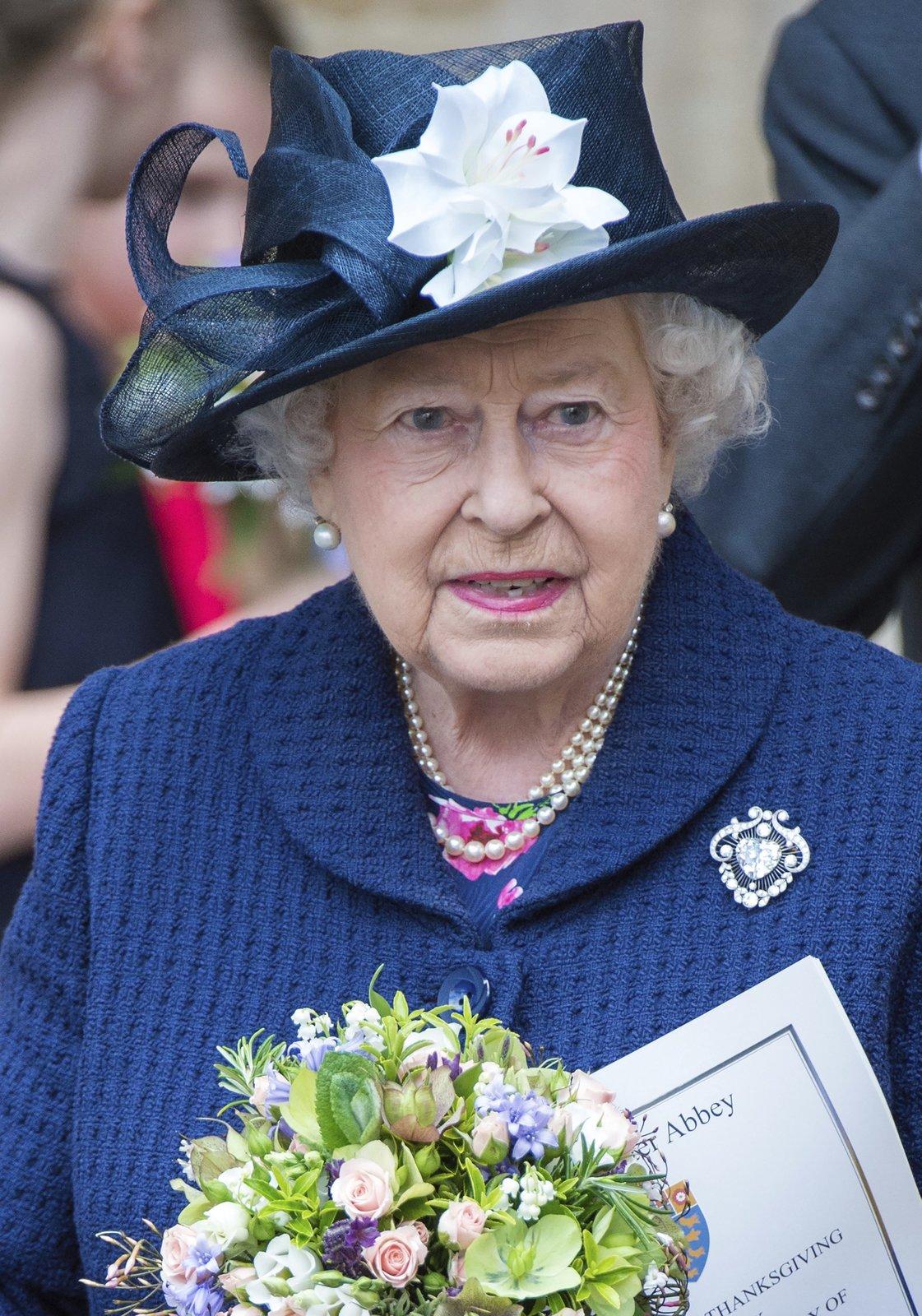 V Londýně si připomněli 70 let od konce druhé světové mší a přehlídkou. Nechyběla královna Alžběta II.