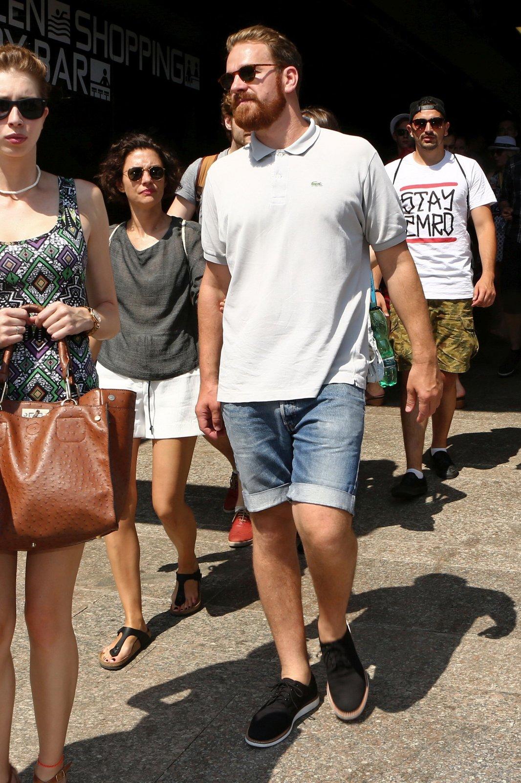 Stanislav Majer známý ze seriálu Případ pro exsorcistu nebo Všechny moje lásky přijel do Varů s přítelkyní