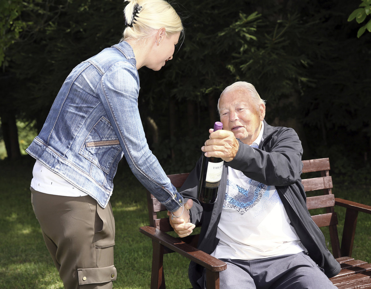 Karel Fiala s redaktorkou Blesku.