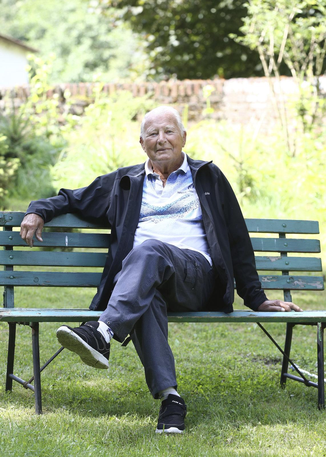 Karel Fiala je v 90 letech neuvěřitelně vitální.