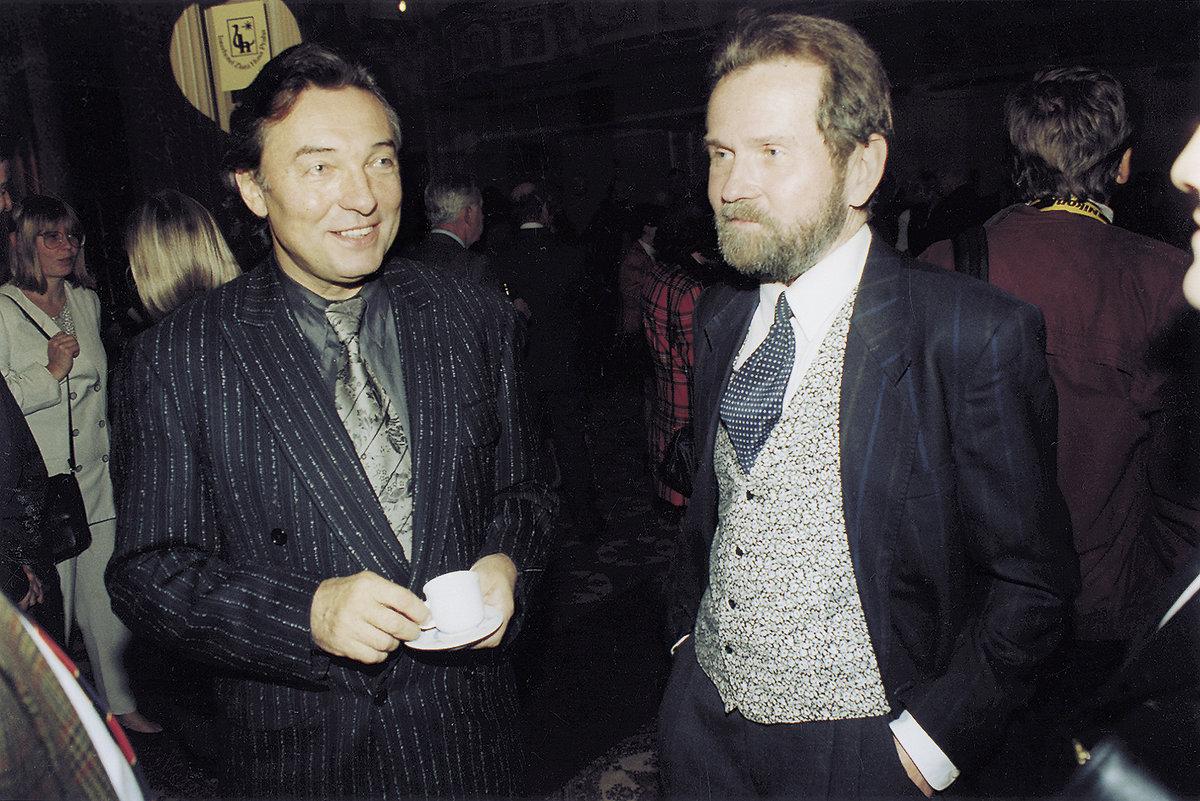 Karel Gott se svým klavíristou a dobrým přítelem Rudolfem Roklem.