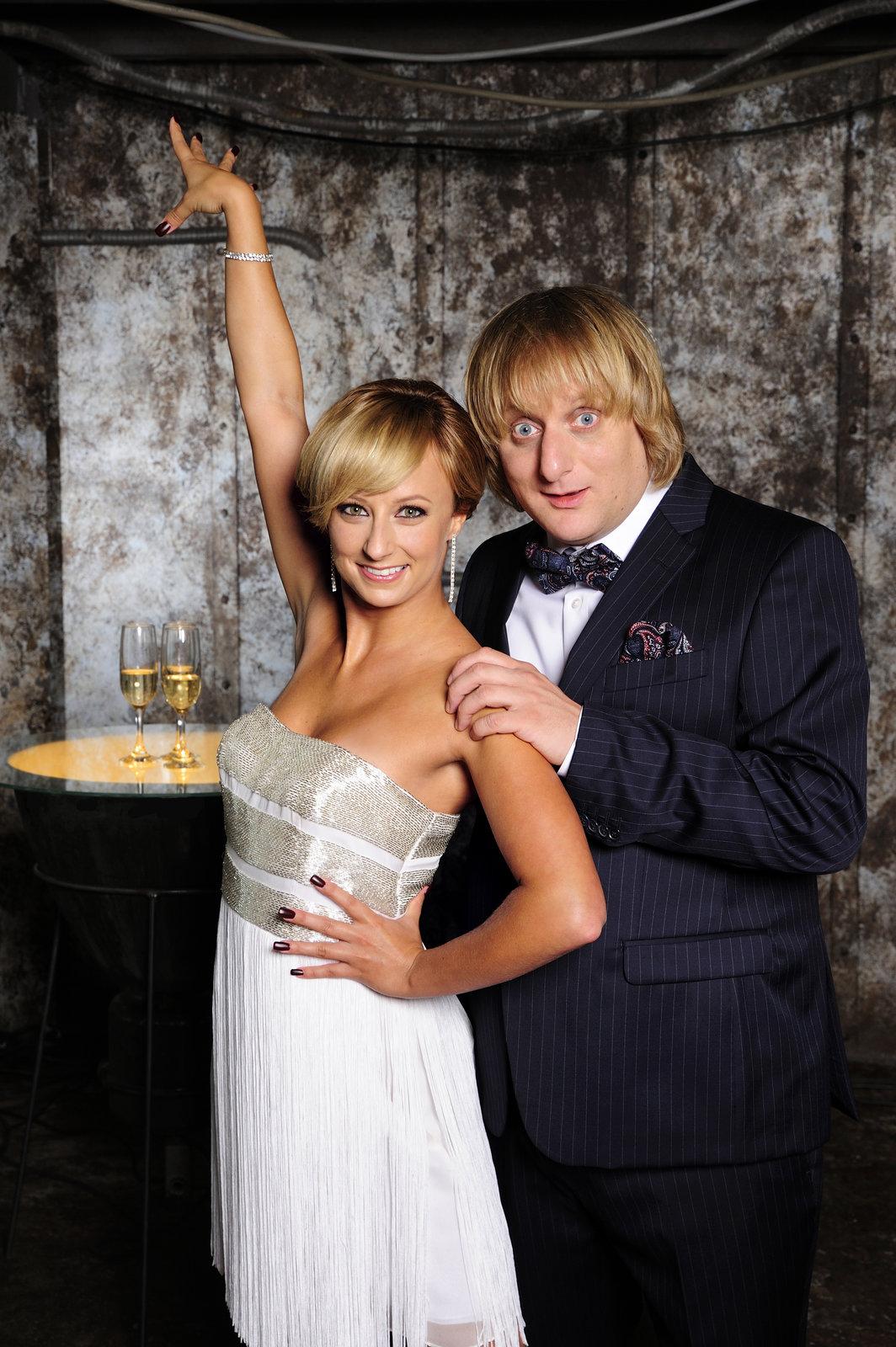 Lukáš Pavlásek je taneční »dřevo«, ale pod vedením Lucie Hunčárové se jeho pohyby mění v tanec.
