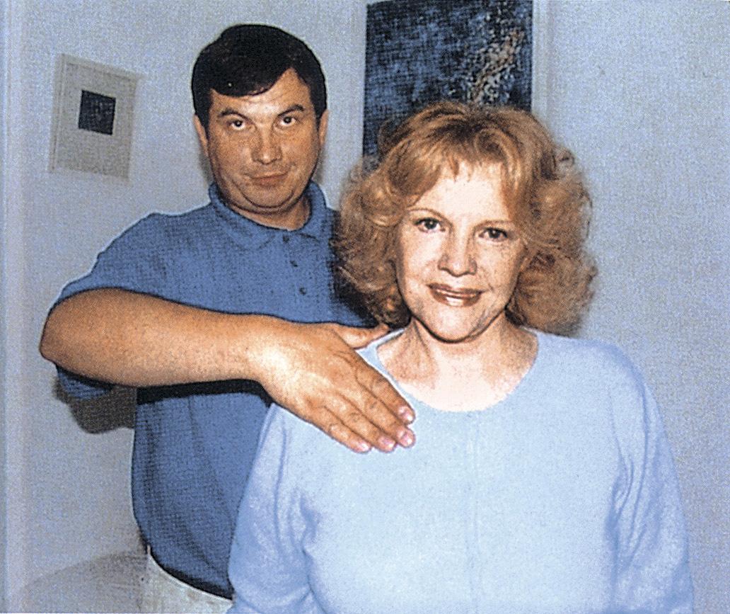 Eva Pilarová doporučila Karlu Gottovi léčitele Jaroslava Doubravu.