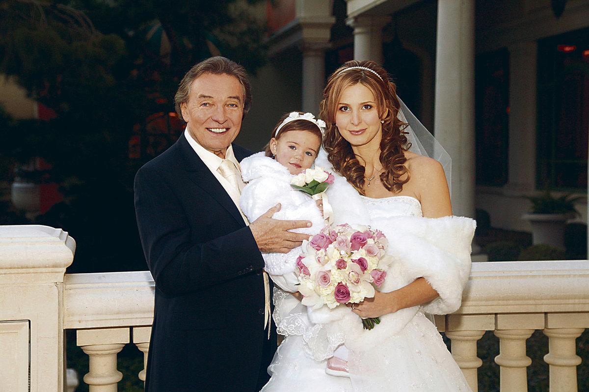 U sňatku rodičů byla jejich tehdy dvouletá dcera Charlottka