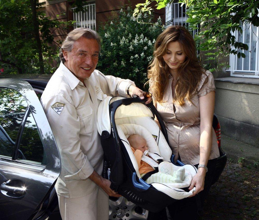 2008 - Narození druhé dcerky Nellinky.
