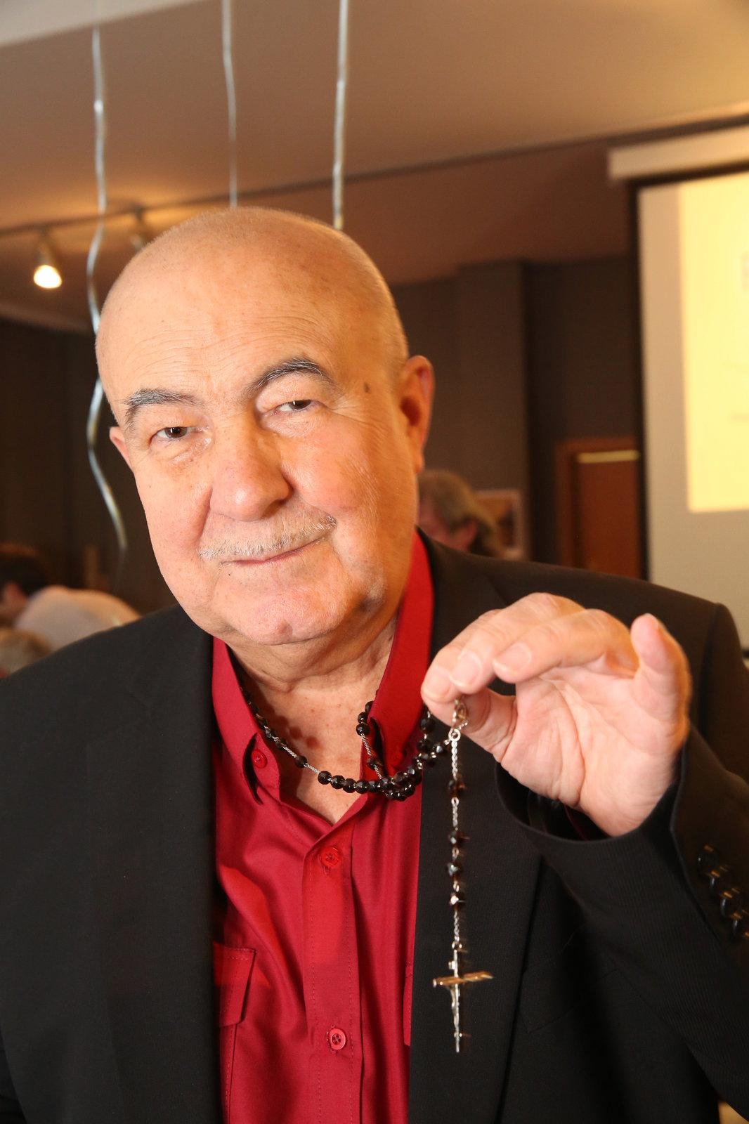Objevitel Lucie Bílé Petr Hannig (70).