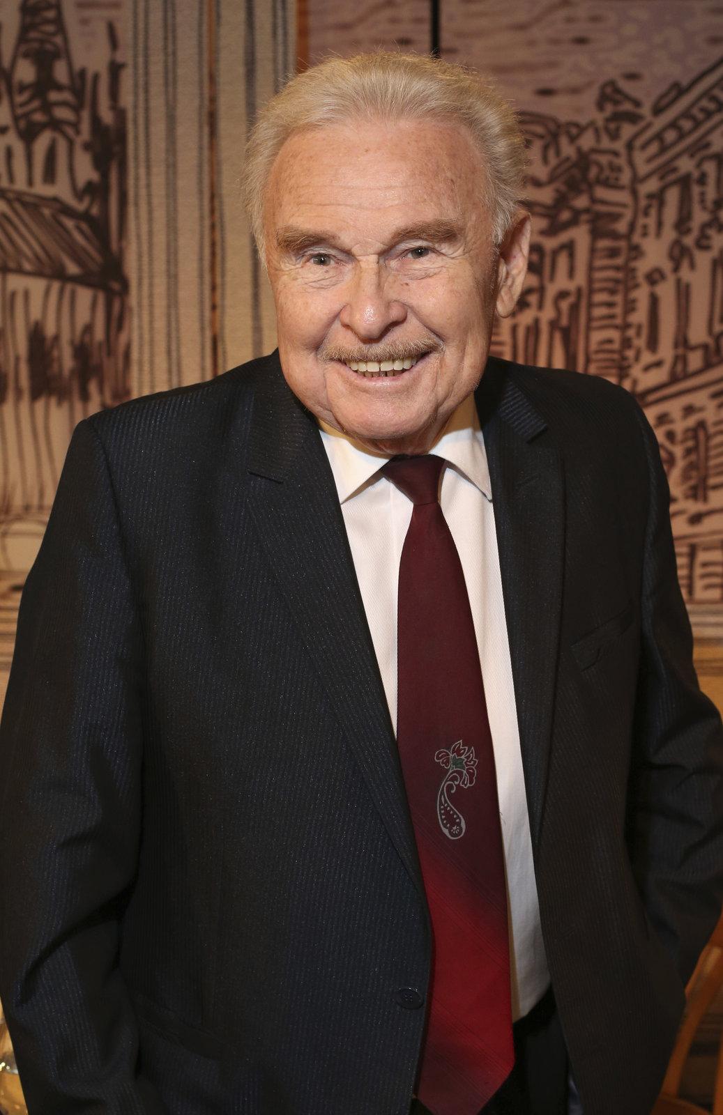 Zemřel herec Luděk Munzar. Bylo mu 85 let