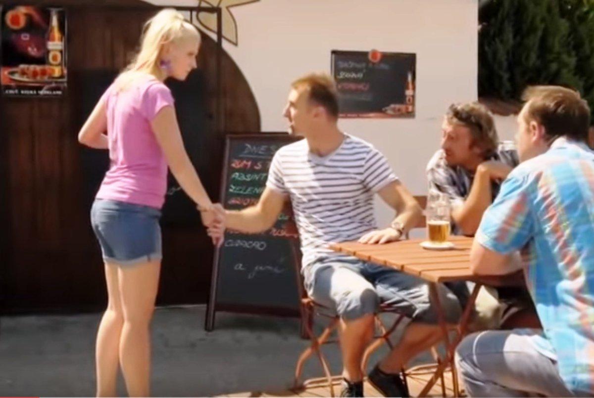 Kamila Kikinčuková v komedii Babovřesky.