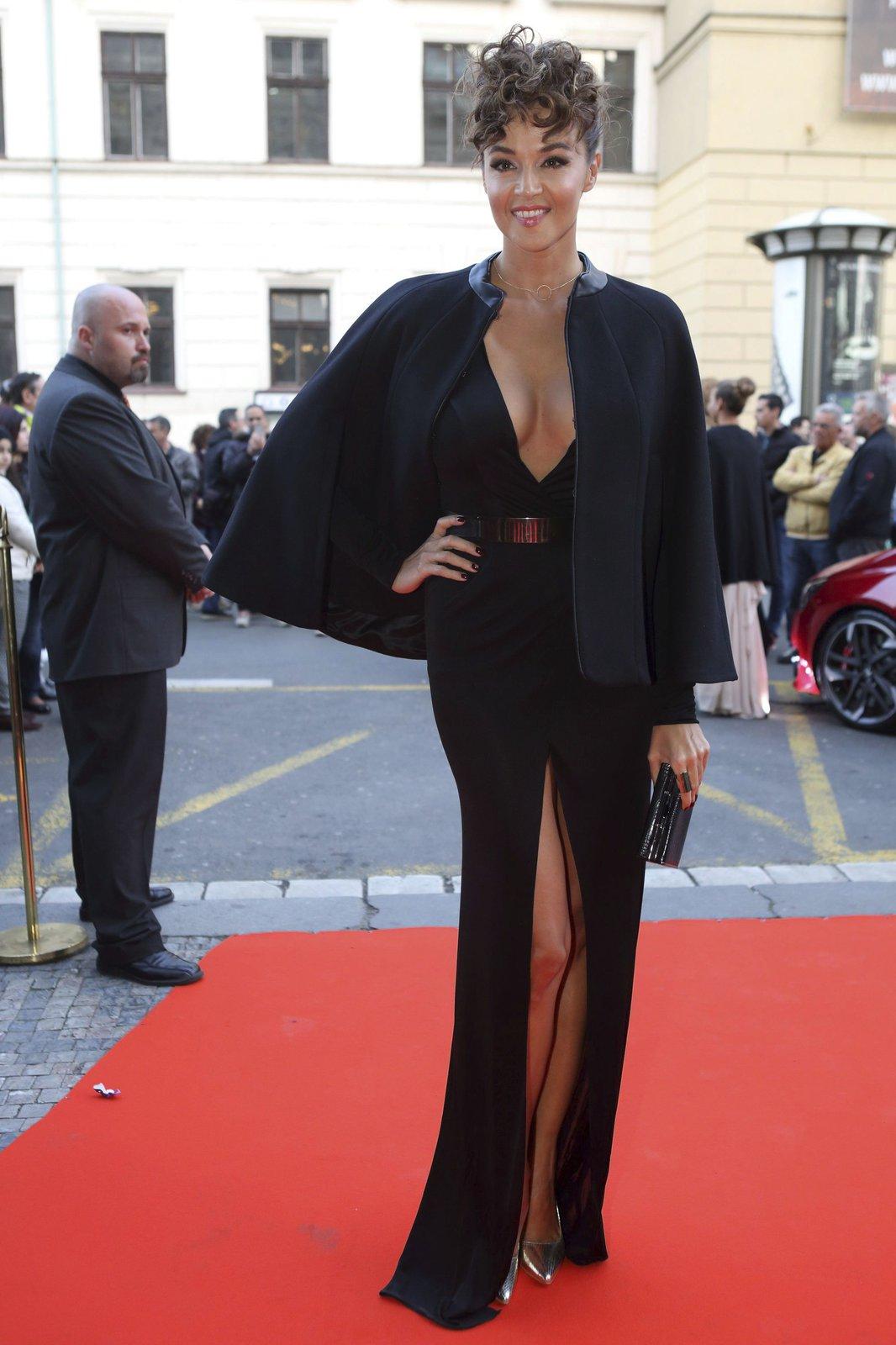 Iva Kubelková: Erotický vzor České Miss?